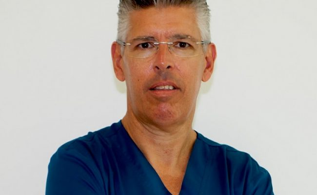 clinicadental_santaclara_medico1